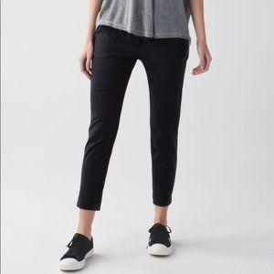Lululemon Jet Crop Slim Pants Black Size 8 ~ EUC